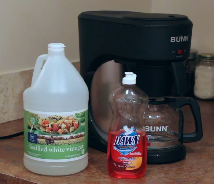 cleaning bunn coffeemaker