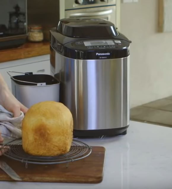 Best Bread Machine For Sourdough 2021 Reviews & Buying Guide
